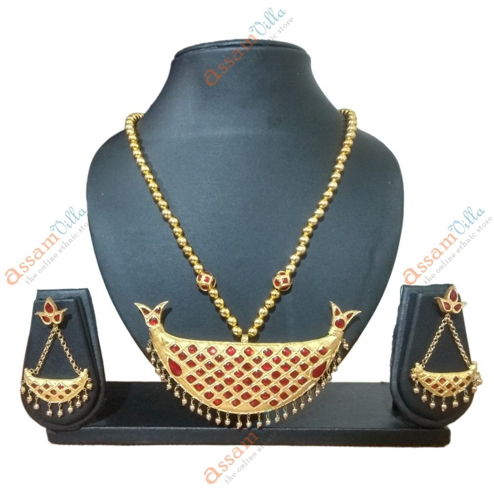 Assamese-Traditional-Junbiri-Large-Size-Pendant-Jewellery-Set