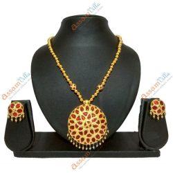 Medium Size Jaapi Pendant Assamese Jewellery Set